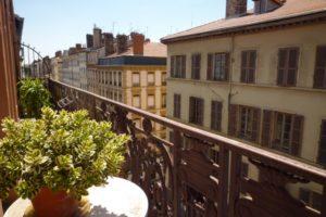 Appartement rue P. Corneille dernier étage Lyon 6ème